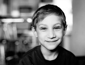 Yegor, uno dei bambini tornati a sorridere