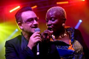 Bono Vox e Angelique Kidjo