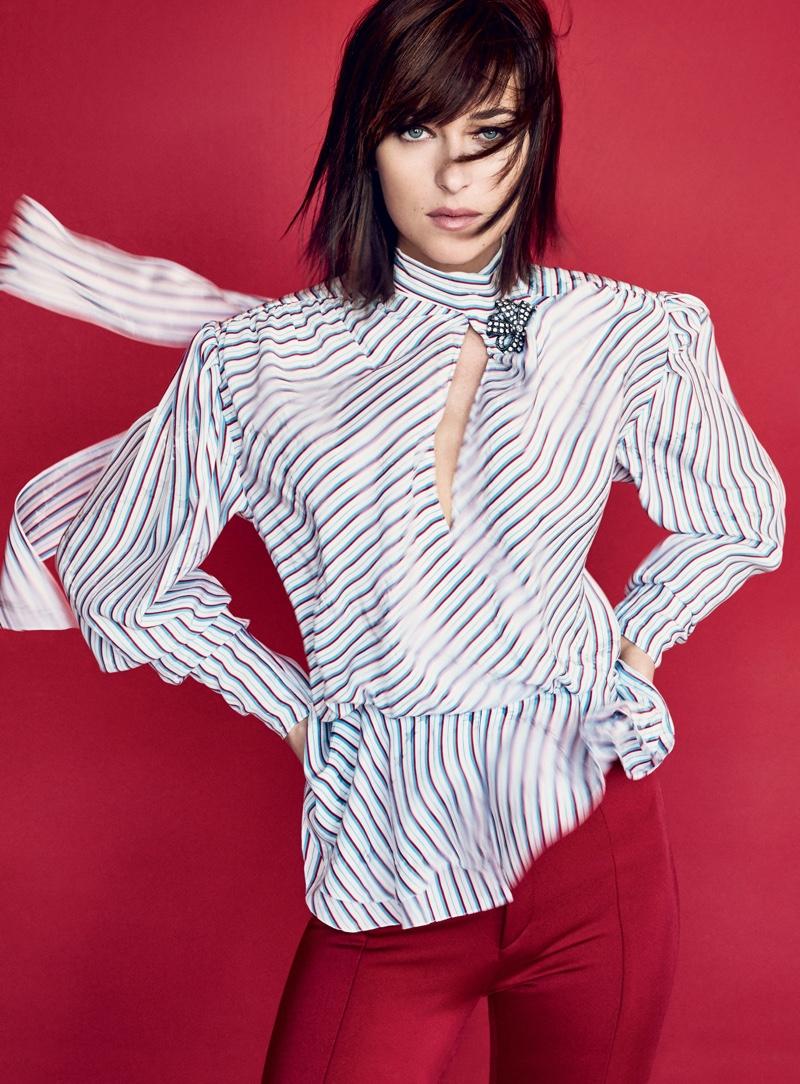 Dakota Johnson su Vogue by Patrick Demarchelier 1