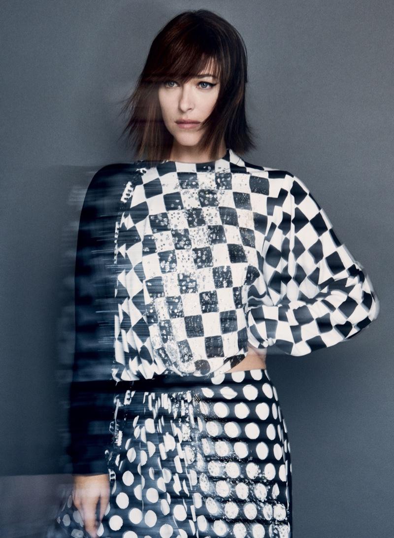 Dakota Johnson su Vogue by Patrick Demarchelier 2