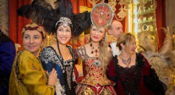Ballo del Doge 2017 - Antonia Sautter con Mimm Posca di Vranken Pommery e Silvia Damiani