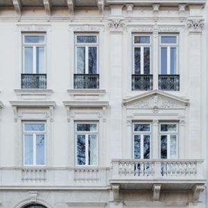 versace_lisbon_facade_2