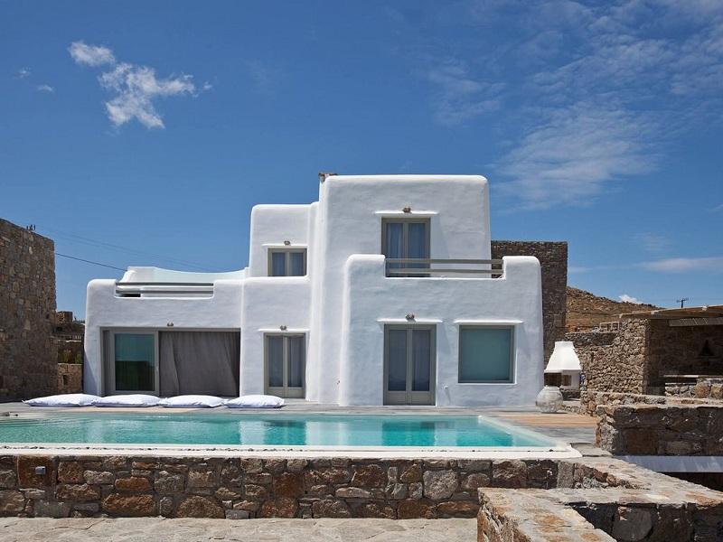 Vacanze di lusso le 8 ville turistiche pi belle d 39 europa for Case a mykonos vendita