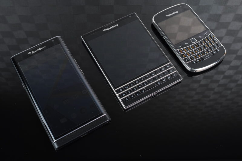 blackberry_priv_passport_and_classic-1