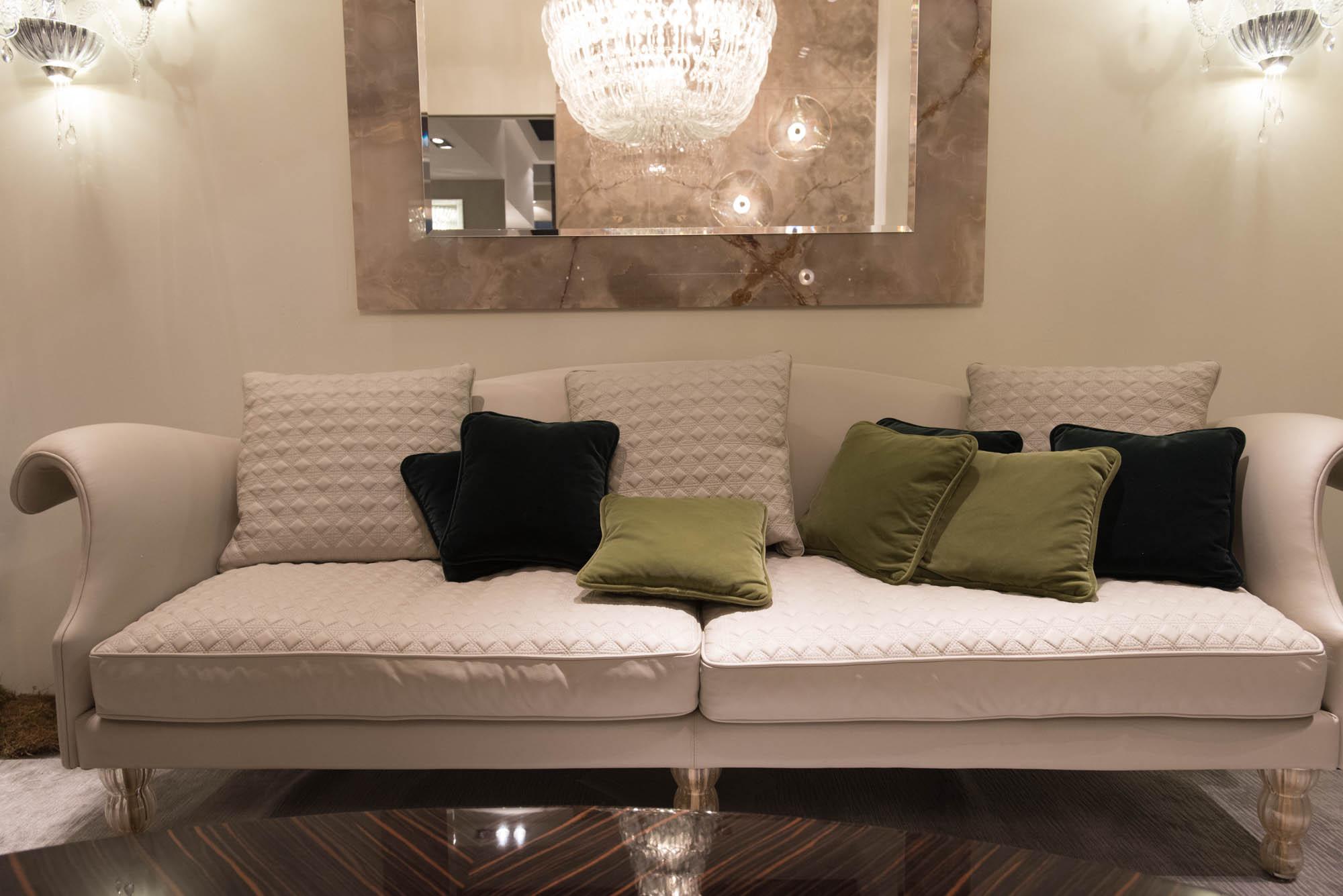 Tendenze arredamento 2017 divani e soggiorni il meglio for Arredamento soggiorni e salotti