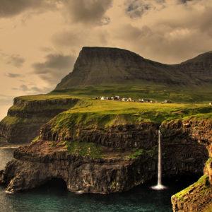 Isole Fær Øer - Credit: Gareth Codd