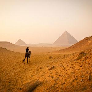 Piramidi di Giza, Egitto - Credit: Edward Ewet