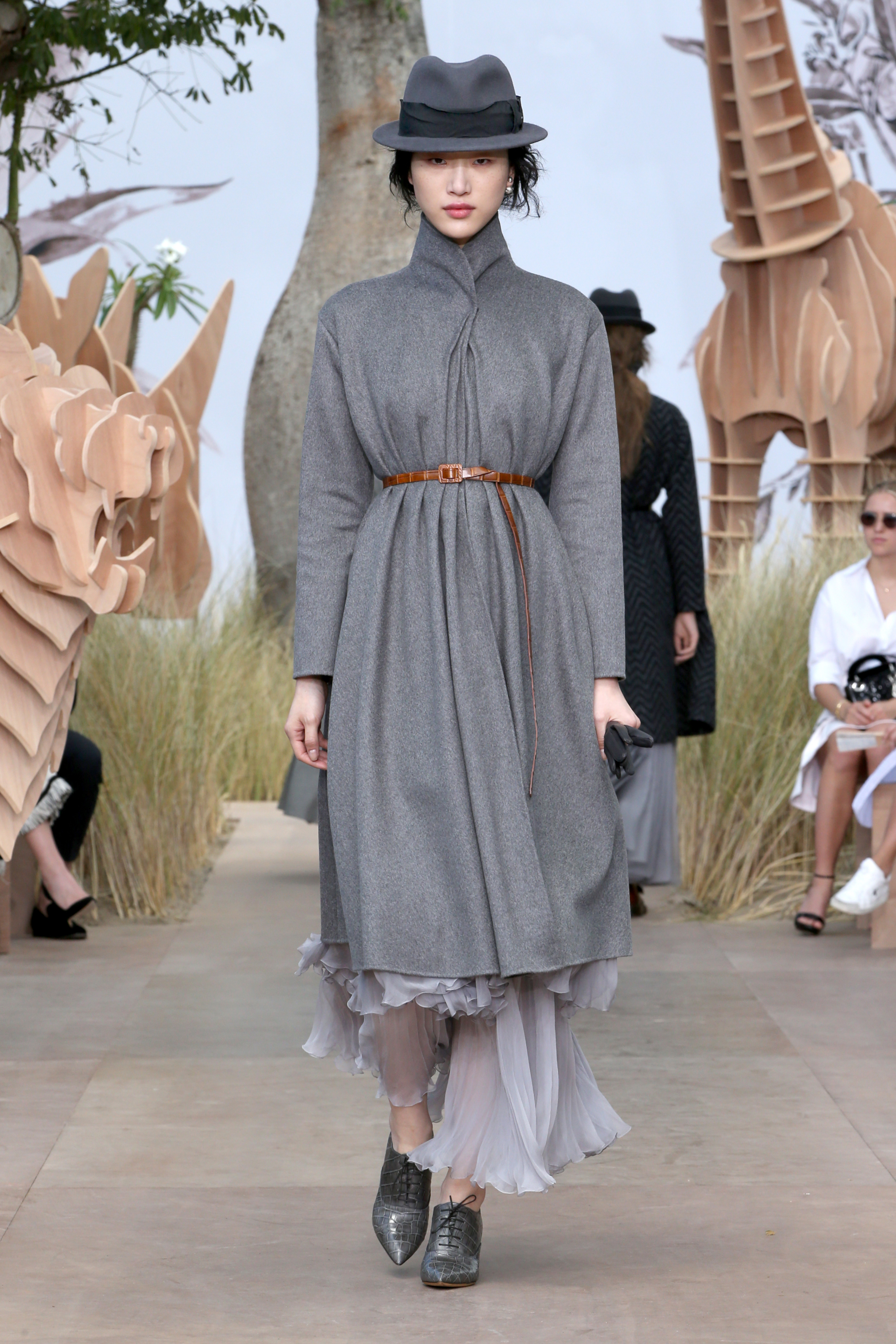 dior_haute-couture-aw2017-18_looks-11