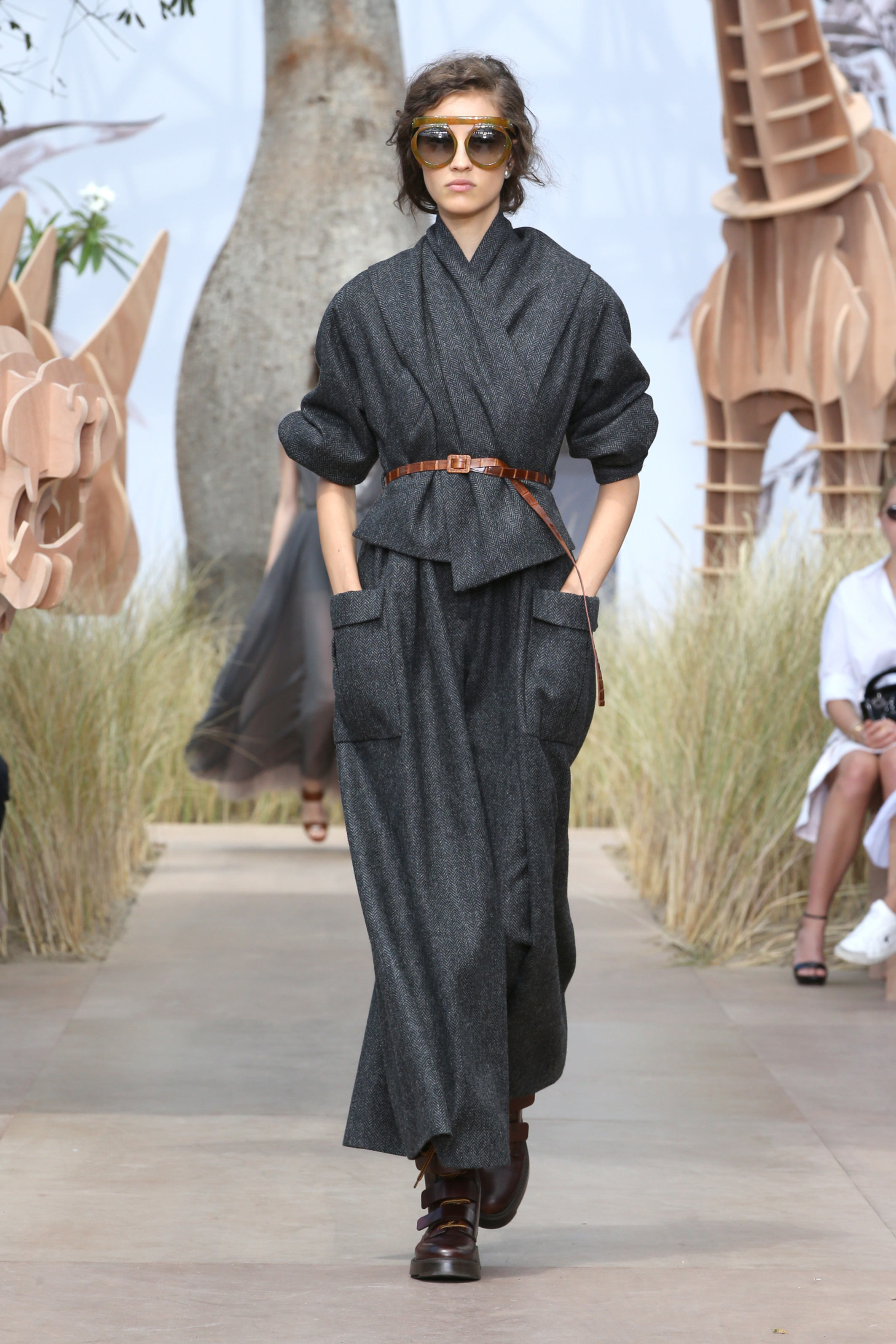 dior_haute-couture-aw2017-18_looks-2