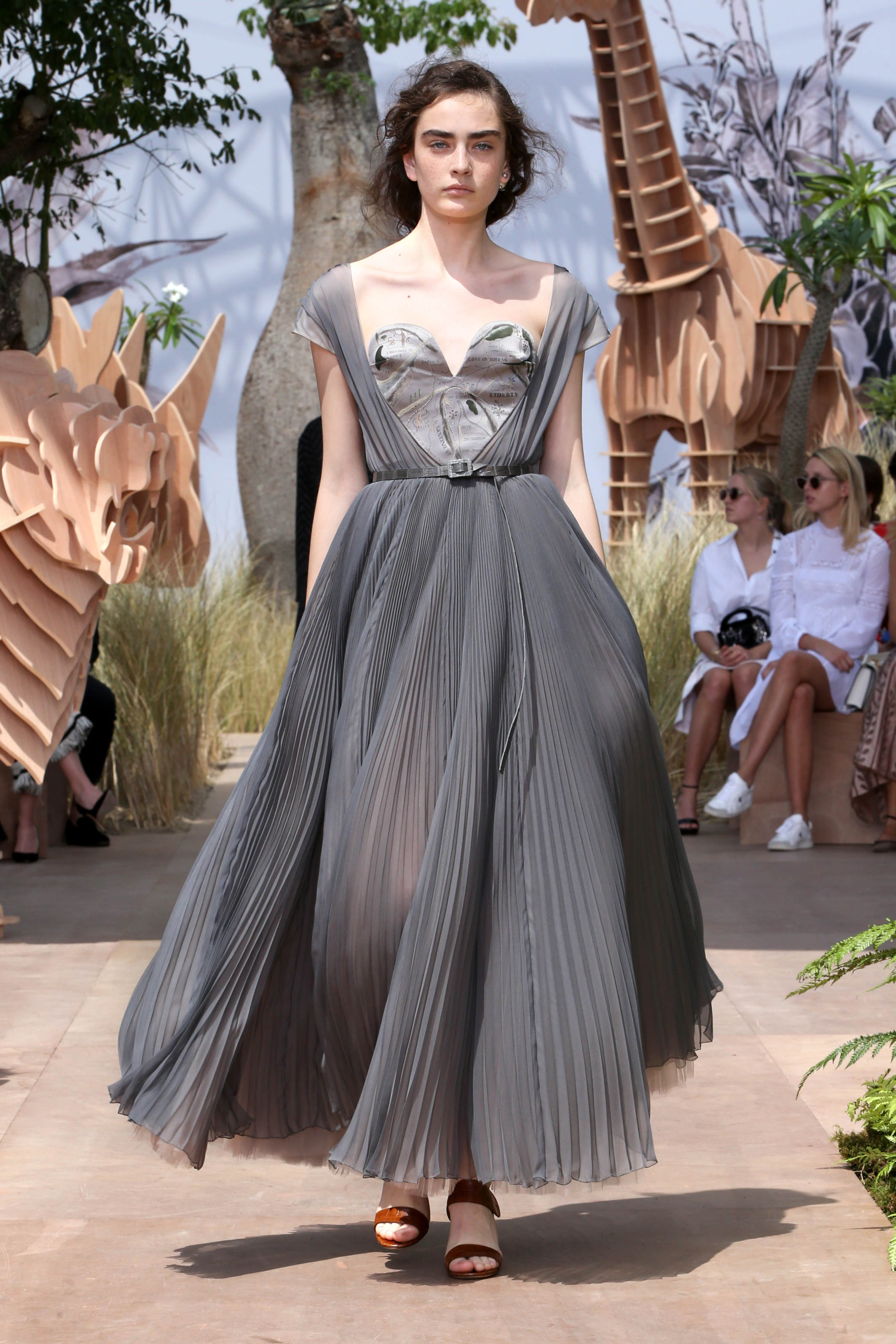 dior_haute-couture-aw2017-18_looks-3