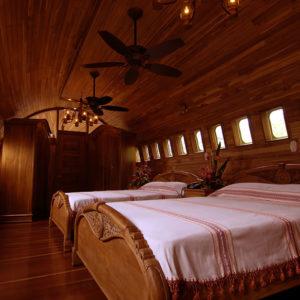 Plane Hotel - Costa Rica