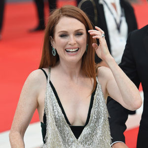 VENICE, ITALY - SEPTEMBER 02:  Julianne Moore walks the red carpet ahead of the 'Suburbicon' screening during the 74th Venice Film Festival at Sala Grande on September 2, 2017 in Venice, Italy.  (Photo by Stefania D'Alessandro/WireImage)
