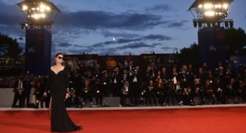 Susan Sarandon from Kineo delegation walks the red carpet ahead of the 'The Leisure Seeker (Ella & John)' screening during the 74th Venice Film Festival at Sala Grande on September 3, 2017 in Venice, Italy.  (Photo by Pascal Le Segretain/Getty Images)