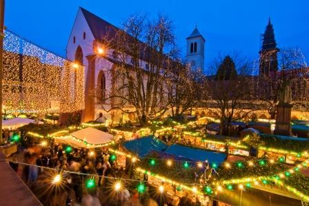 Freiburg Weihnachtsmarkt -  Copyright FWTM Schoenen