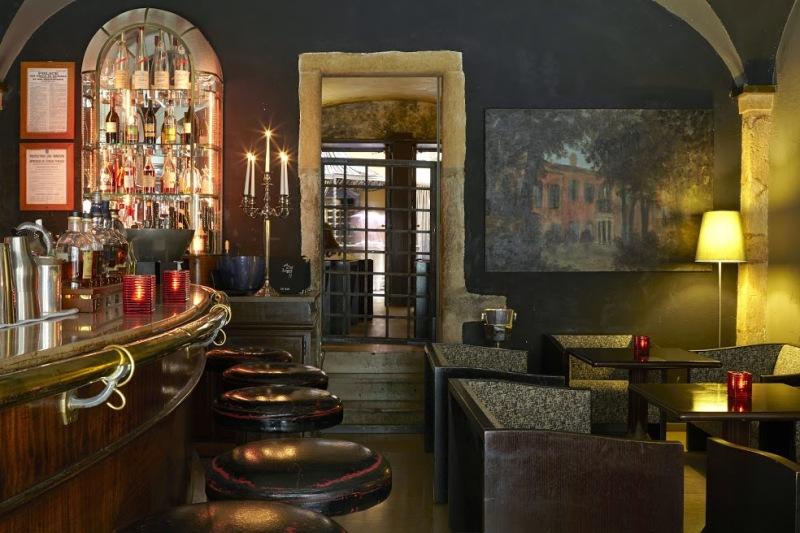 Il bar - © Cour des Loges - G.Picout MPM A.Rico ME Brouet DR