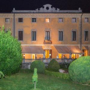 villa-porro-pirelli_esterno_notte_