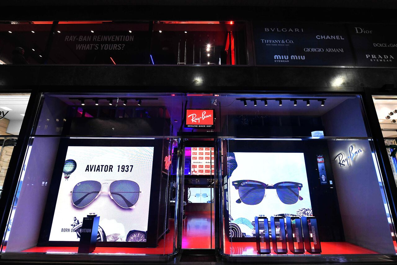 pop-up-store-ray-ban_08_preview
