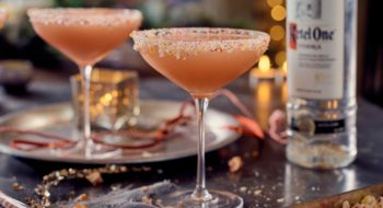 worldclass_winter_mixing-candycanecocktail