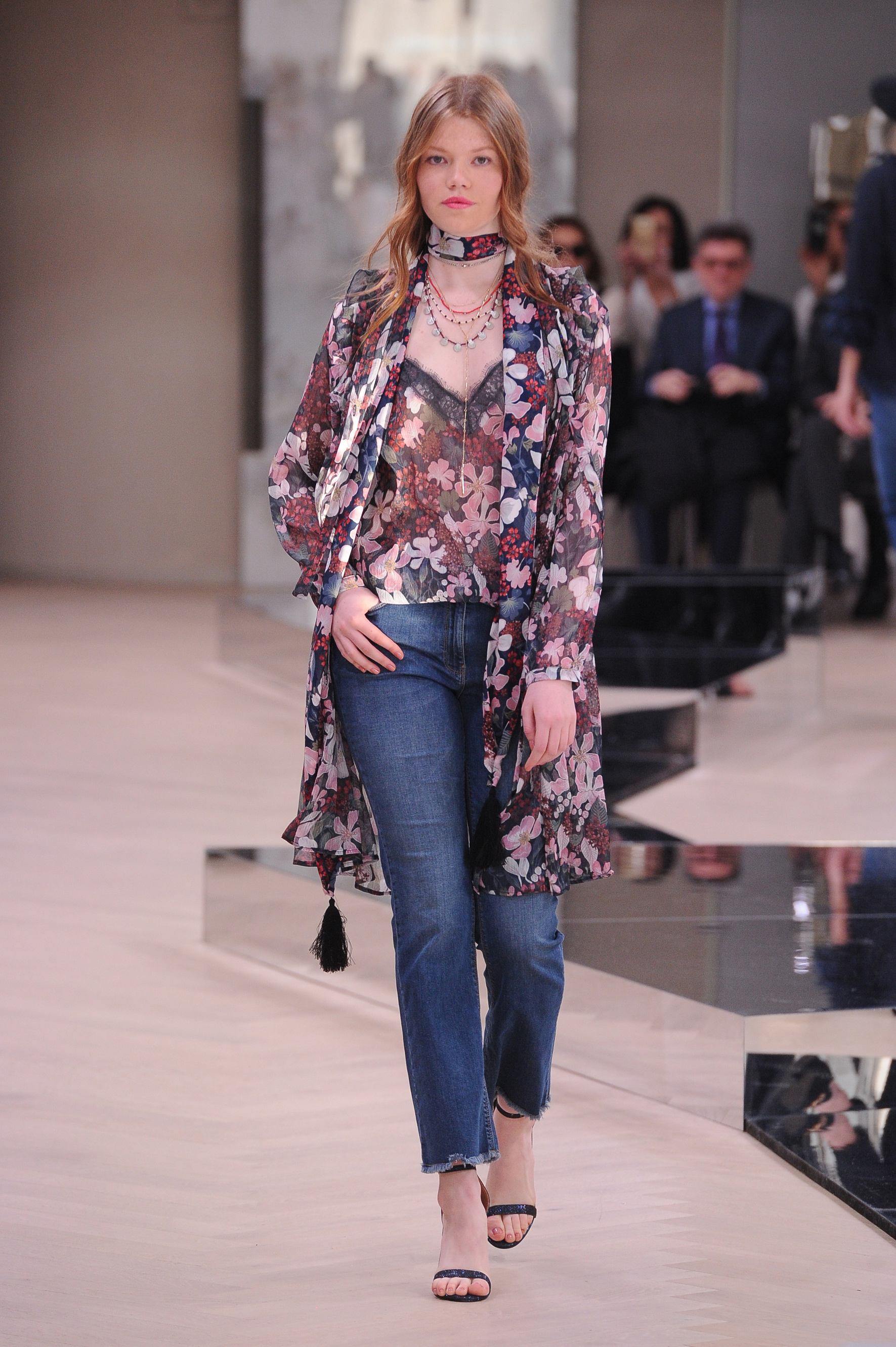ab88f0d8dd56 Tendenze moda Primavera Estate 208  Vanessa Incontrada presenta la ...