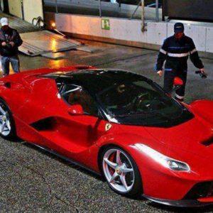 Auto di lusso dei calciatori: ecco i bolidi guidati dalle star del calcio italiano ed europeo