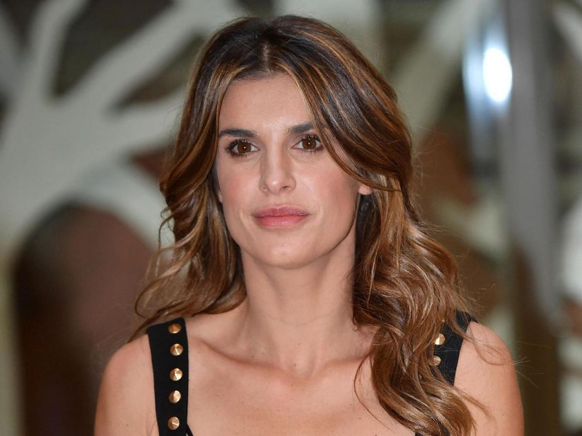Elisabetta Canalis New Look Cambio Di Capelli Per I 40 Anni Eccola