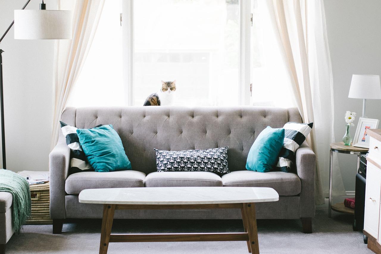Come rendere il soggiorno moderno e funzionale