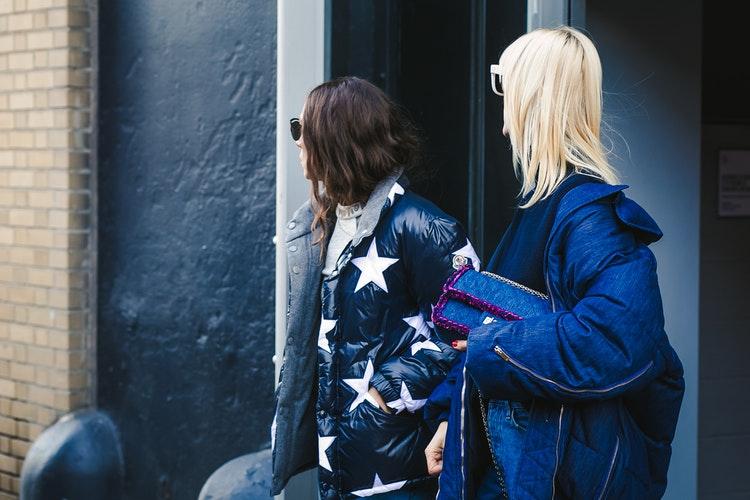 Come vestirsi per farsi fotografare alla Milano Fashion Week