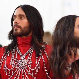 Met Gala 2019: Jared Leto ha letteralmente perso la testa per Gucci