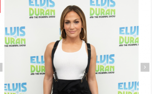 Bretelle alla riscossa: indossale come Jennifer Lopez