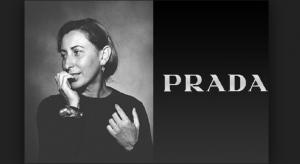 Buon compleanno Miuccia! I 10 look più iconici della sua storia in Prada