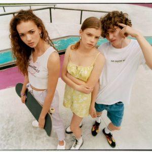Bershka lancia BSK, la sua nuova linea per giovanissimi: scopri tutte le novità