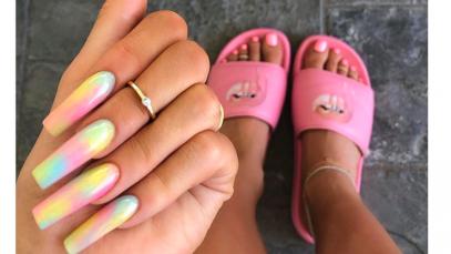 Kylie Jenner ha appena approvato la nail art più cool di questa estate