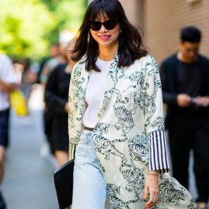 Kimono estate 2019: sostituisce la giacca ed è anche un perfetto mini-dress