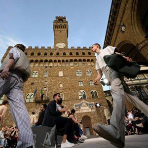 Ferragamo strega Firenze, l'incantesimo è avvenuto in Piazza della Signoria