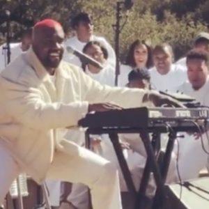 Kanye West vuole fondare una religione partendo da Sunday Service?