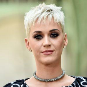 I pixie cut delle star: da Katy Perry a Miley Cyrus passando per Anne Hathaway