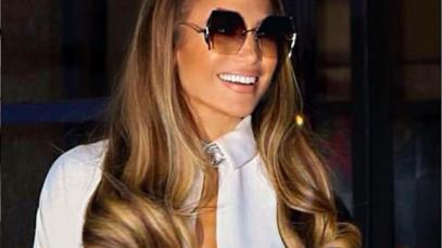 Jennifer Lopez riporta in auge la coda alta: la sua lo è 127 cm
