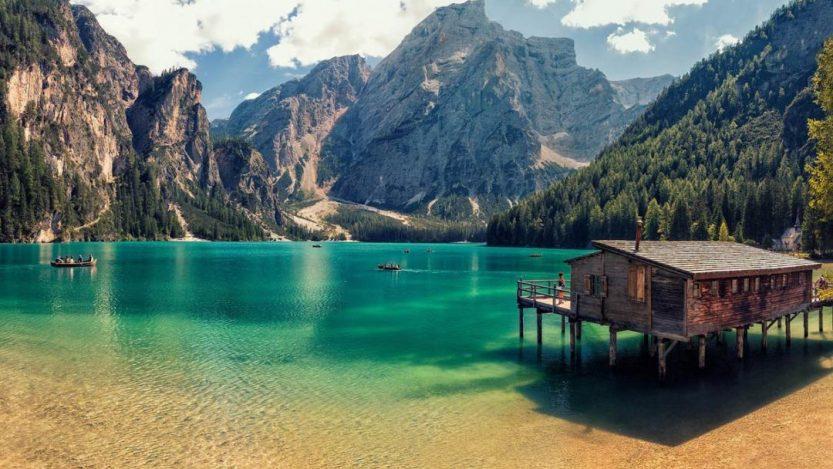 Il Lago di Braies è una delle mete più instagrammabili d'Italia