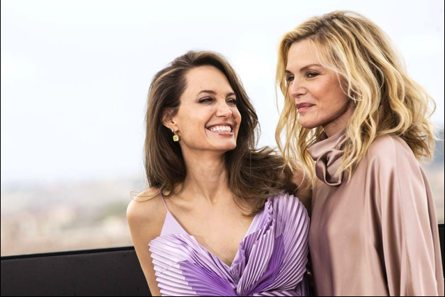 Angelina Jolie e Michelle Pfeiffer a Roma per la prima europea di Maleficent