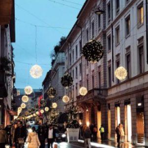 Via Montenapoleone è tra le strade più ricche del mondo: scopri chi c'è sul podio del lusso