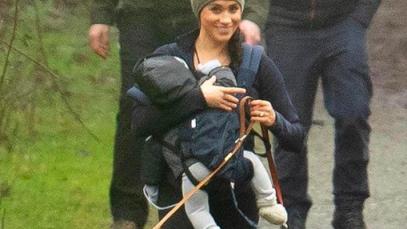 Meghan Markle nuovo look 2020: dai tacchi alle scarpe da trekking è un attimo