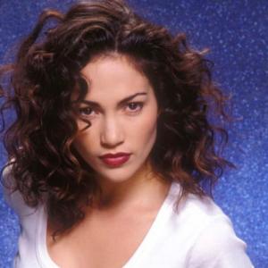 Jennifer Lopez dal 1994 al 2020: le foto più sensuali degli ultimi 26 anni