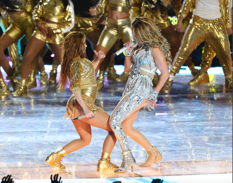 Jennifer Lopez e Shakira al Super Bowl: l'halftime più sensuale di sempre