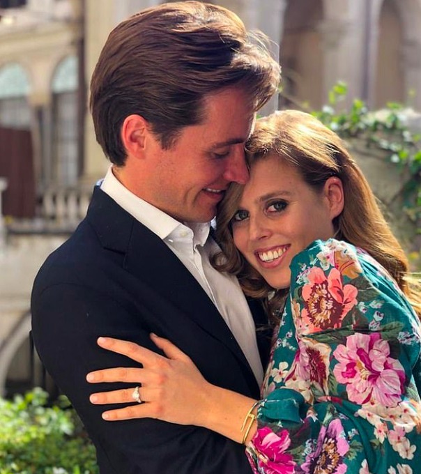 Principessa Beatrice e Mapelli Mozzi matrimonio: data rinviata, sono infuriati