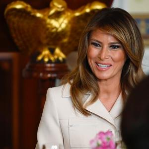 Melania Trump look Gucci: il discorso toccante sul cyberbullismo