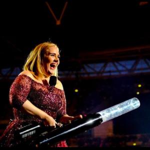 Adele dimagrita 45 kg: la dieta Sirtfood promette -3 kg a settimana