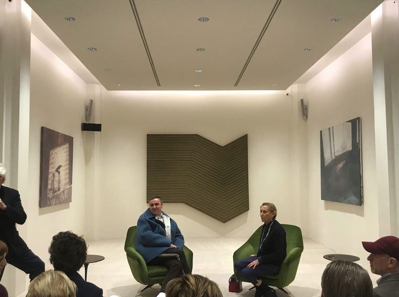 Miuccia Prada fa posto a Raf Simons: cambio di direzione storico in Prada
