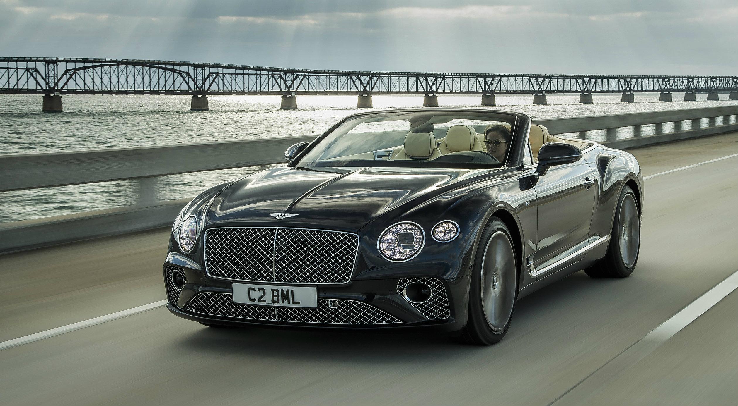 La Continental GT su strada