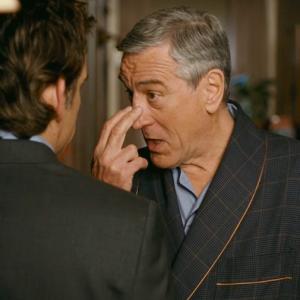 Robert De Niro video Coronavirus: «Vi osservo tutti, restate a casa!»