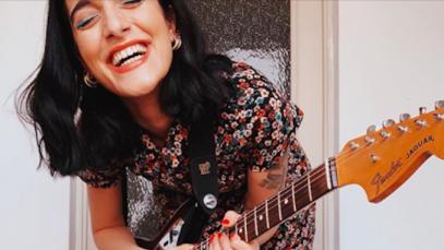 Levante Instagram: «Ho solo un piano scordato e la mia voce rotta»